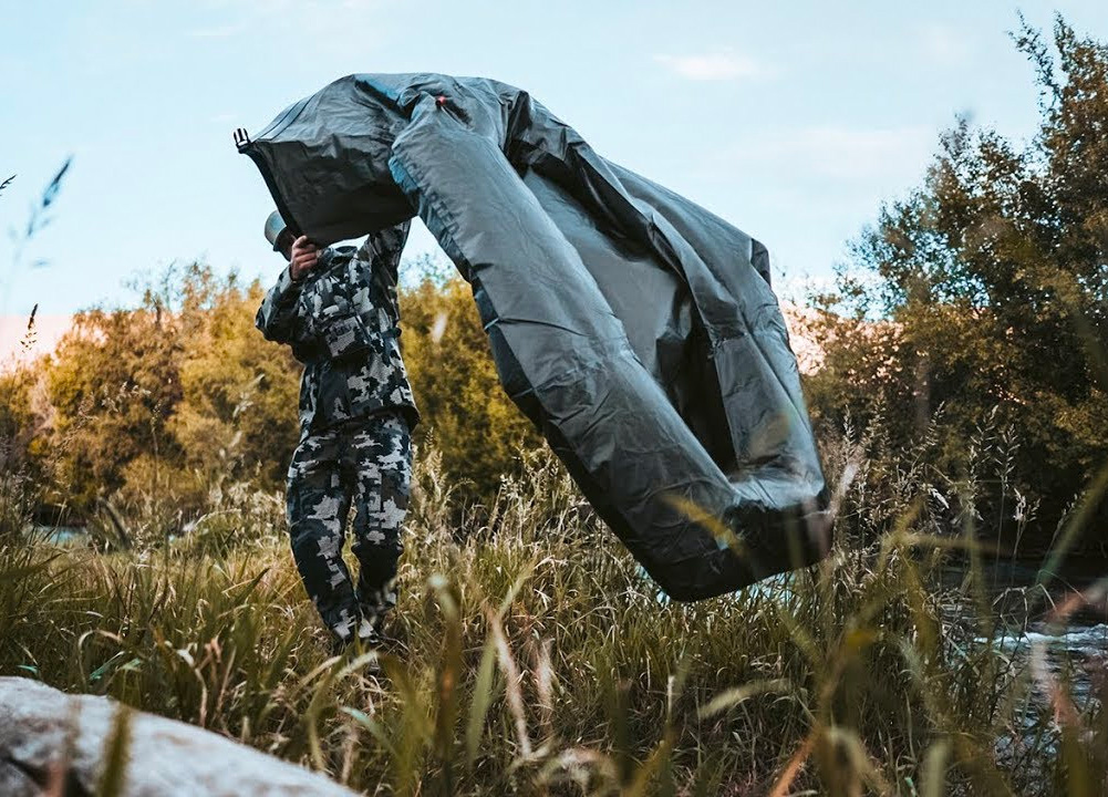 The Award-Winning Portable Pack Raft Keeps You High & Dry at werd.com