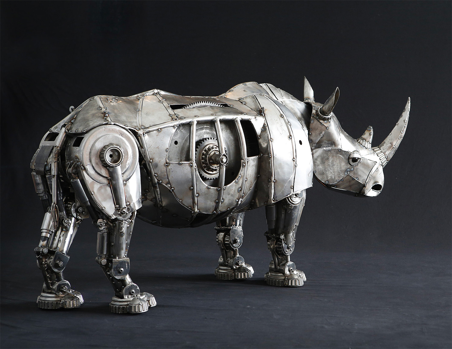 Art Imitates Nature In These Wild Steel Sculptures at werd.com