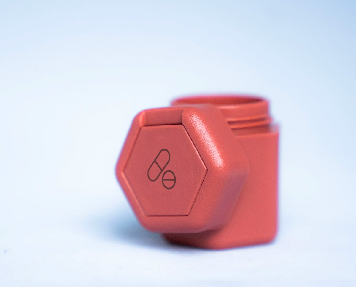 Cadence Capsules Are Quite Clever Containers at werd.com