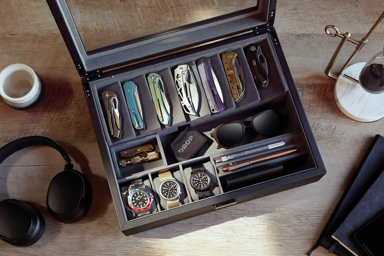 Organize Your EDC with the Cache Display Valet at werd.com