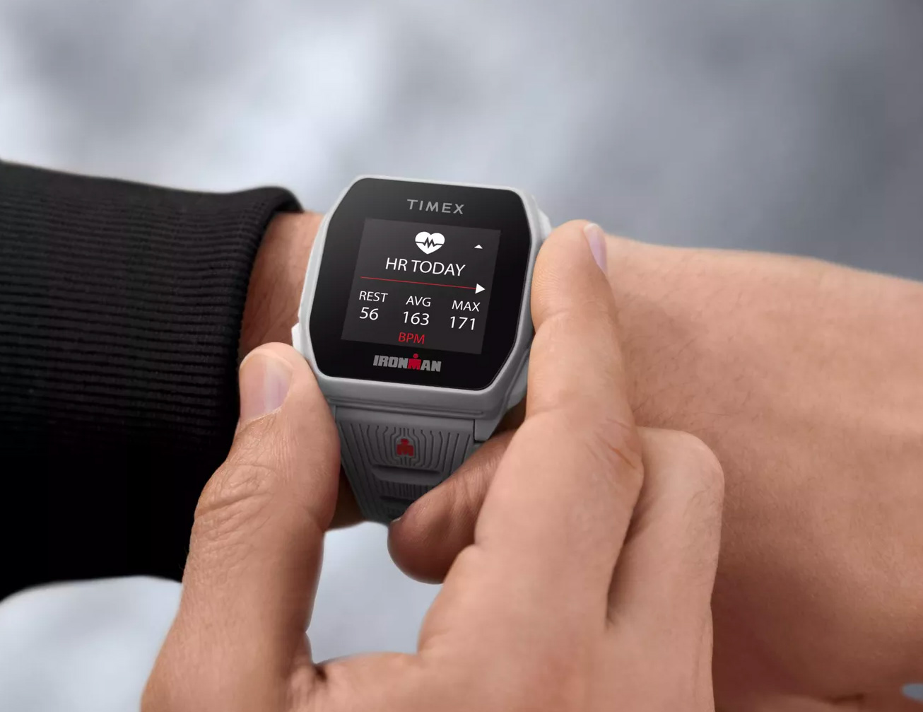 Timex Introduces its First Smart Watch: The Ironman R300 at werd.com