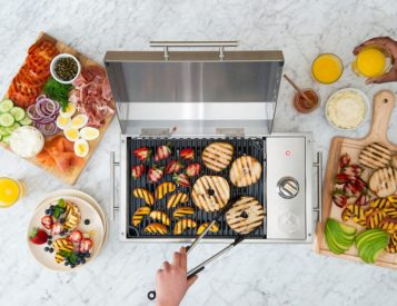 Indoors or Out, the City Grill is a Compact Performer