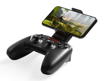 The Nimbus+ Mobile Game Controller Sets a New Standard