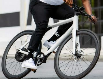 Gogoro's Eeyo 1 E-Bike is an Agile Commuter