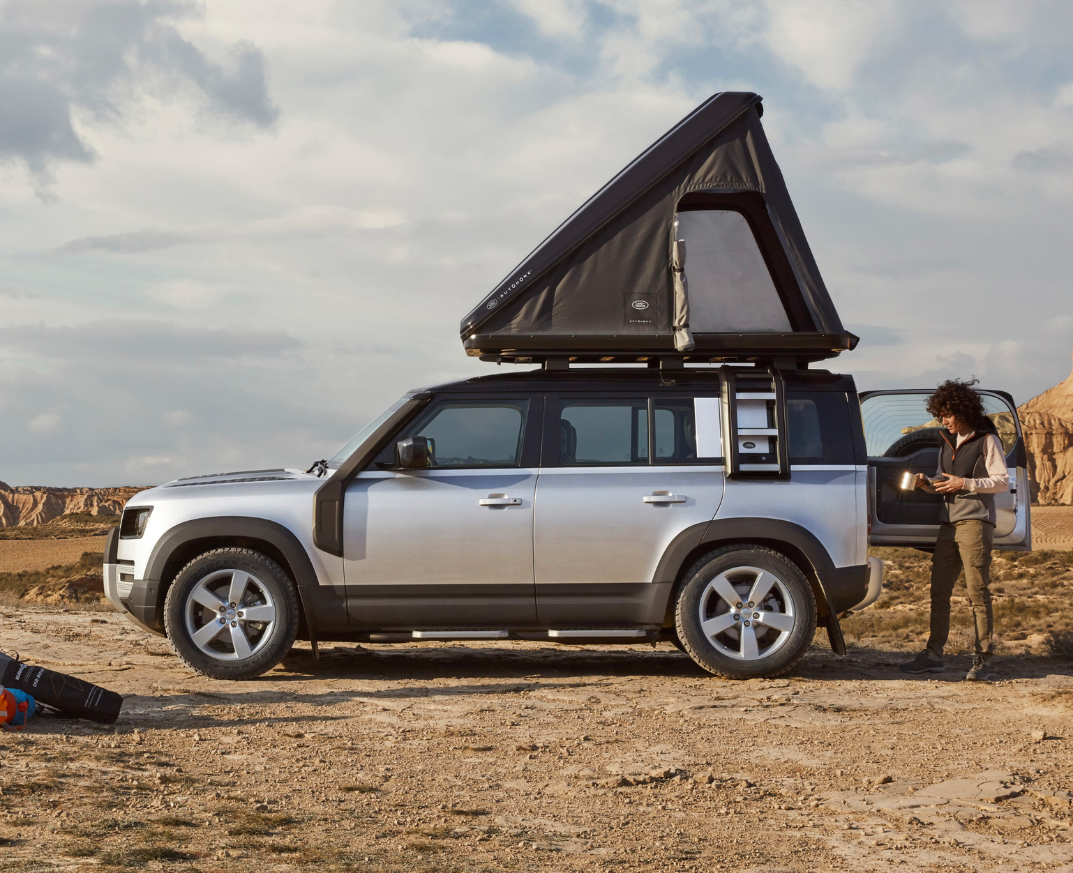 Land Rover x Autohome Offer Sleek Rooftop Tent for 2020 Defender 110 at werd.com