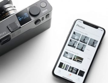 Pixii Rangefinder Balances Tech & Technique