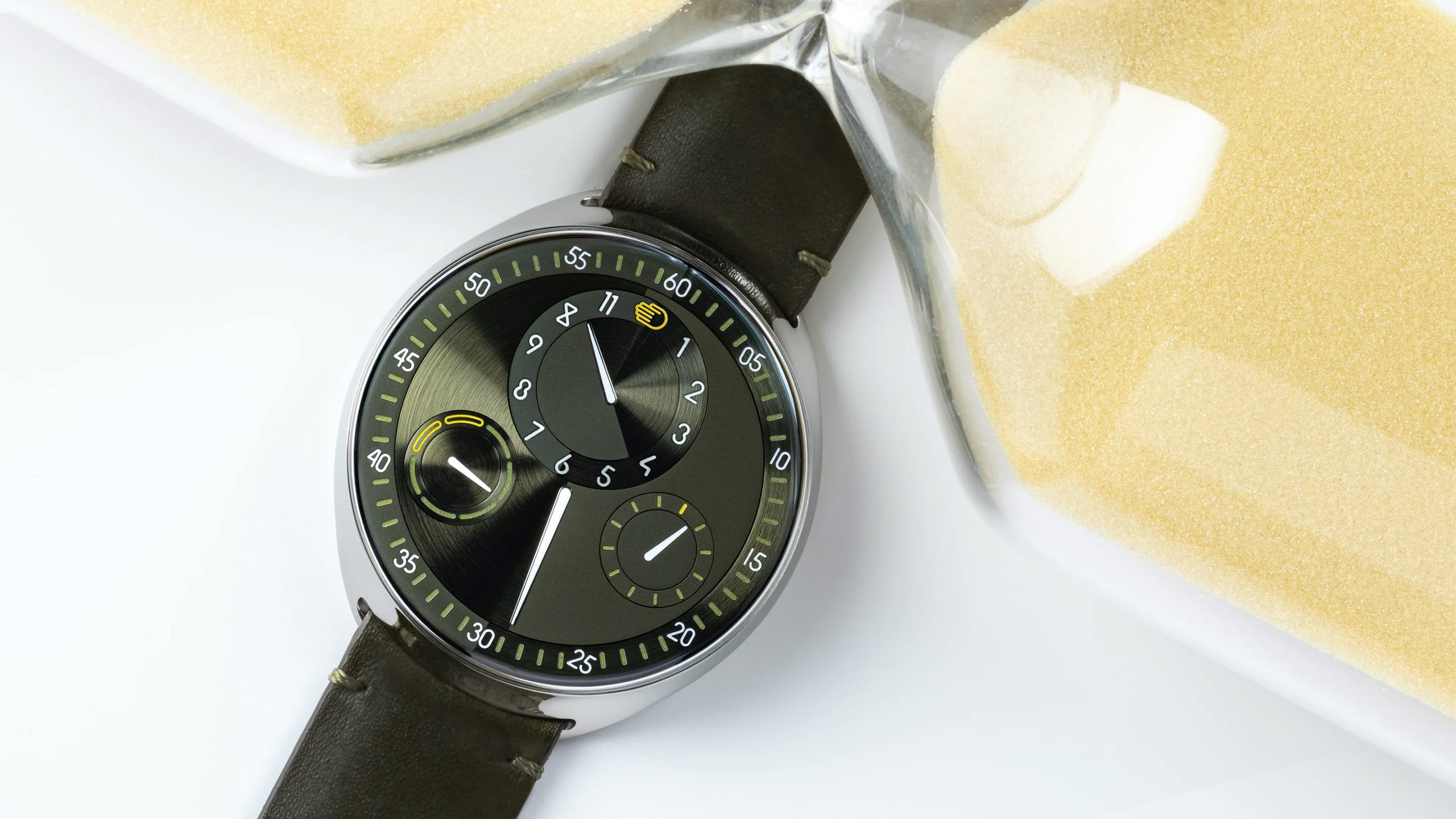 "Ressence Celebrates 10-Years with Innovative ""Hourglass"" Automatic at werd.com"