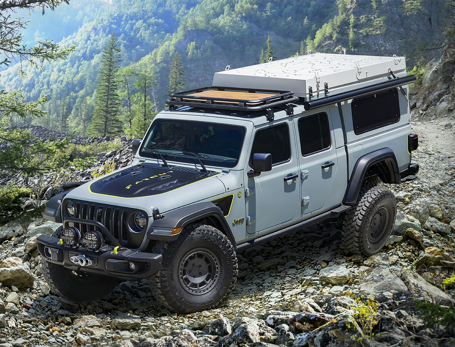 Jeep Unveils Farout Concept Gladiator at werd.com