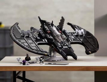 Big Build: LEGO Batman 1989 Batwing