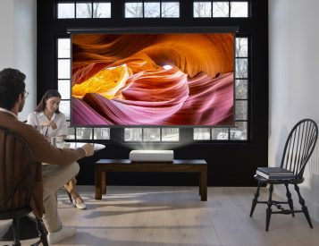 Samsung Debuts 4K UST Home Projector