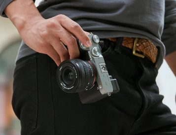 Sony's Alpha 7C is a Tiny Full-Frame Camera