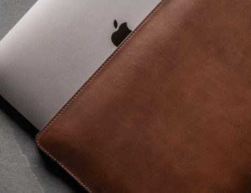 Nomad's Horween Sleeve is a Perfect Fit for Your Mac
