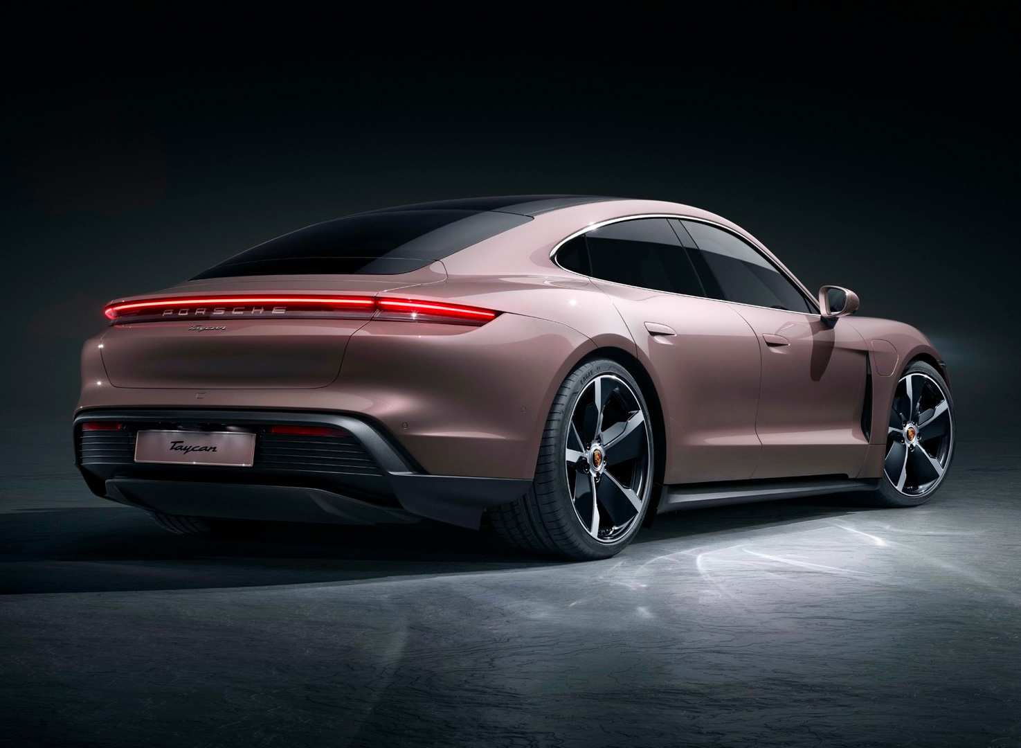For 2021 Porsche Rolls Out Lighter, Leaner Taycan at werd.com