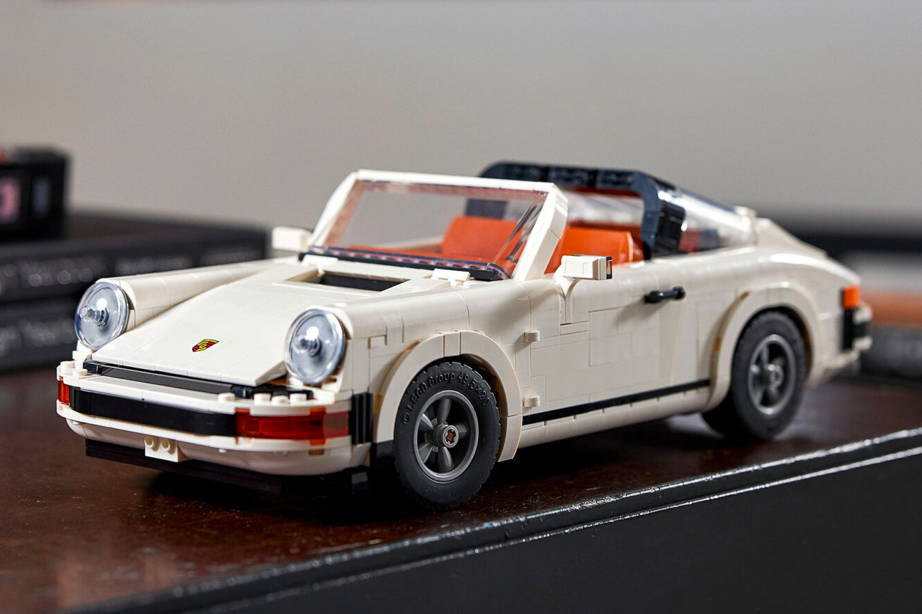 LEGO Rolls Out Dad-Level Porsche 911 Creator Expert at werd.com