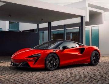 McLaren Powers Up 671-Horse Altura Plug-In Hybrid