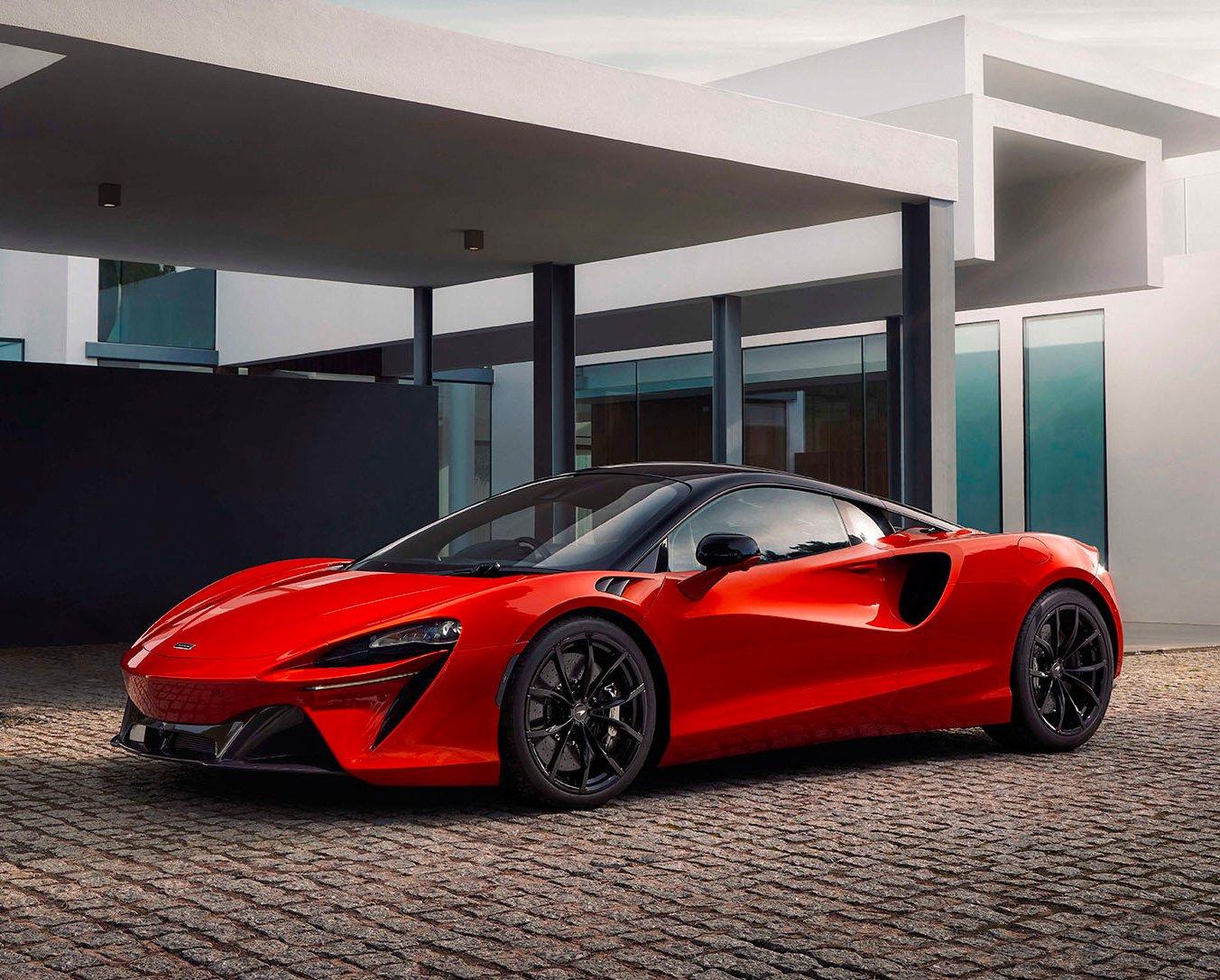 McLaren Powers Up 671-Horse Altura Plug-In Hybrid at werd.com