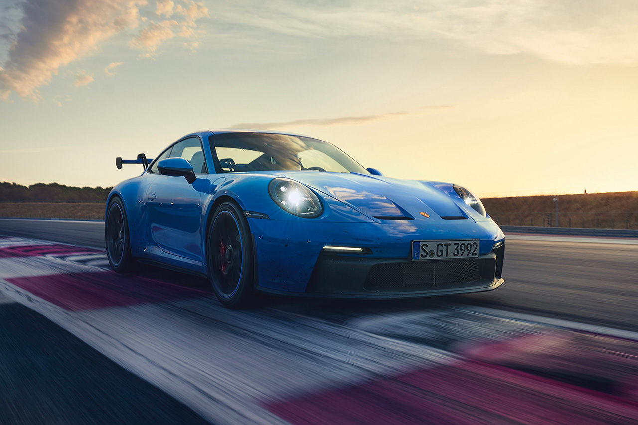 Helmet Not Included: Porsche Unveils All-New 911 GT3 at werd.com