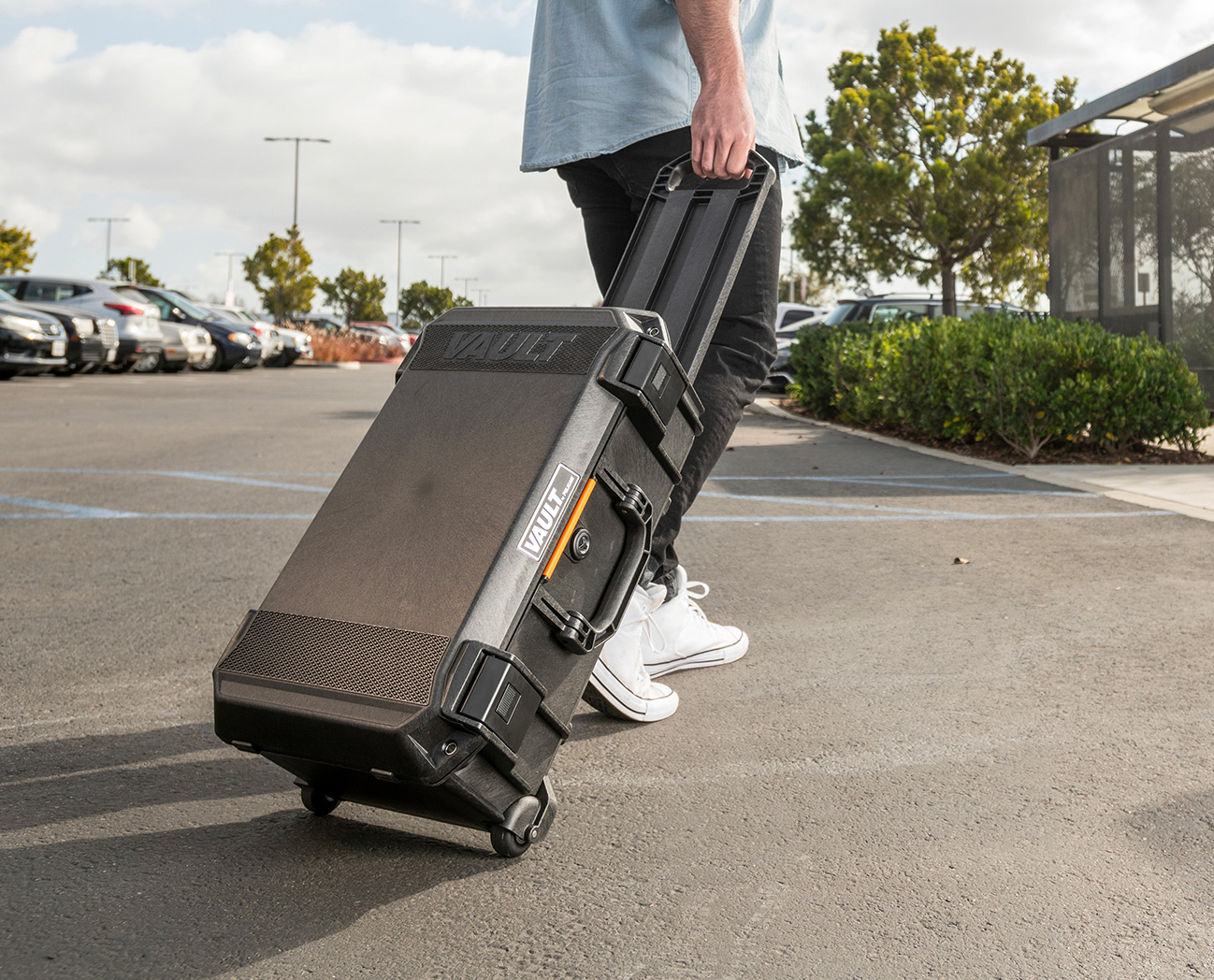 Pelican Rolls Out 525 Vault Carry-On Case at werd.com