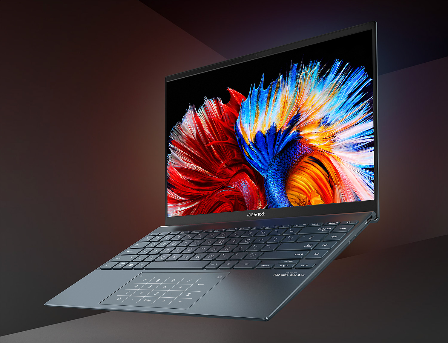 The New Asus Zenbook: OLED Display & Lighter Than Air at werd.com