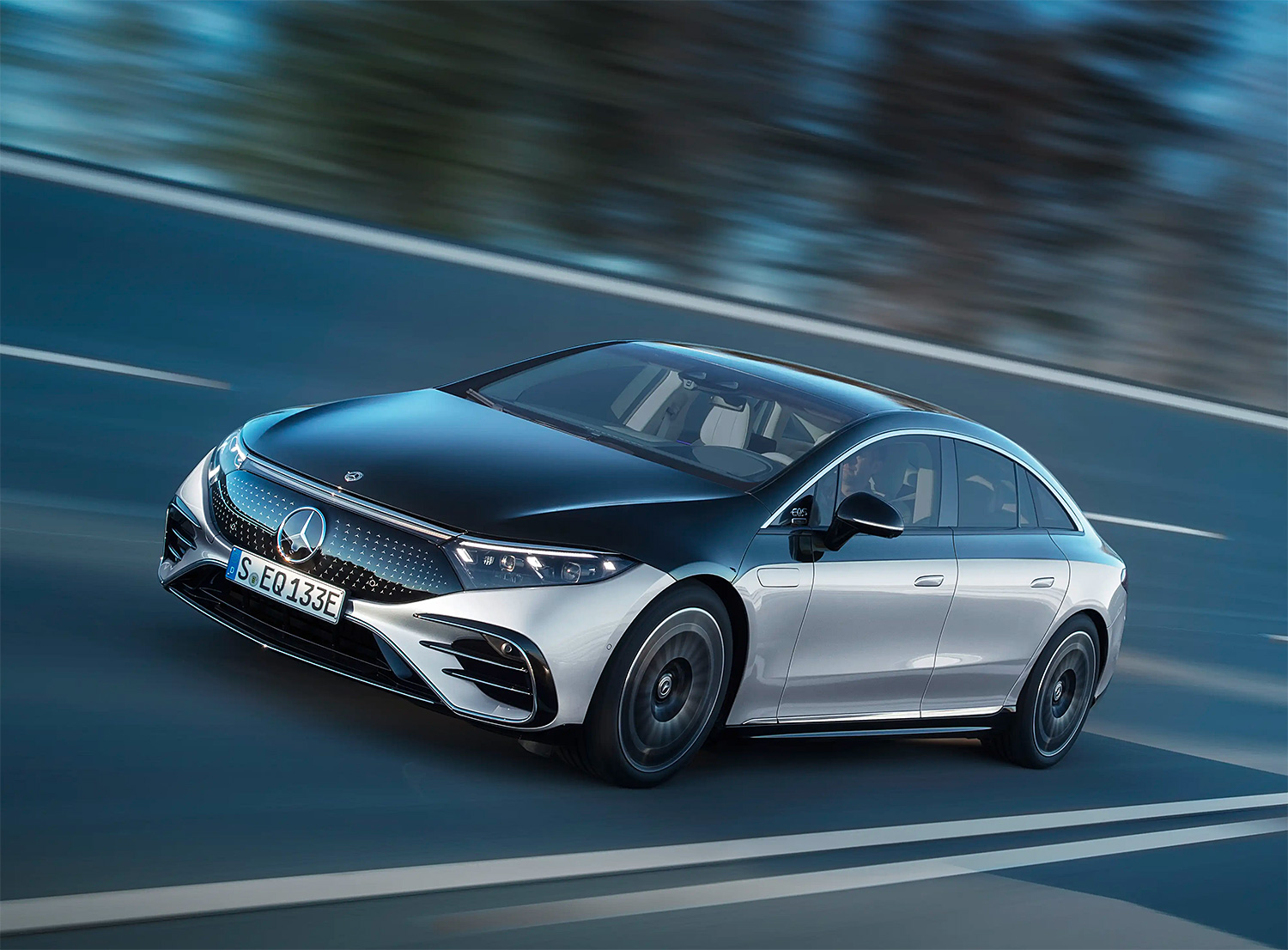 Mercedes-Benz Rolls Out 2022 EQS Electric Sedan at werd.com