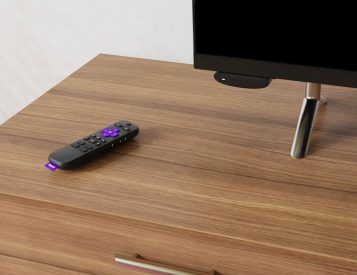 Roku's Express 4k+ Plugs You Into 4K Streaming for $40