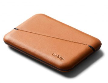 Magnets Make This Flip Case Wallet Irresistible