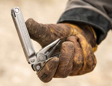 Leatherman Returns to the Classics with 14-Function Bond Multitool