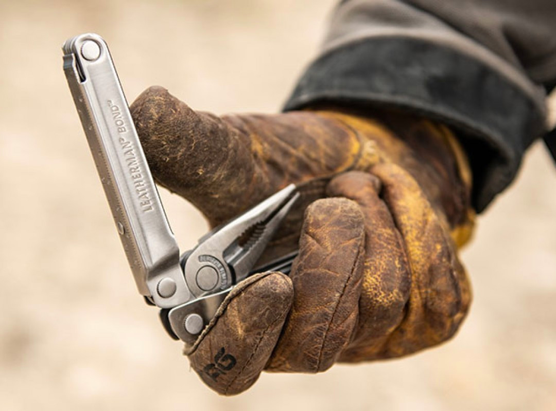 Leatherman Returns to the Classics with 14-Function Bond Multitool at werd.com