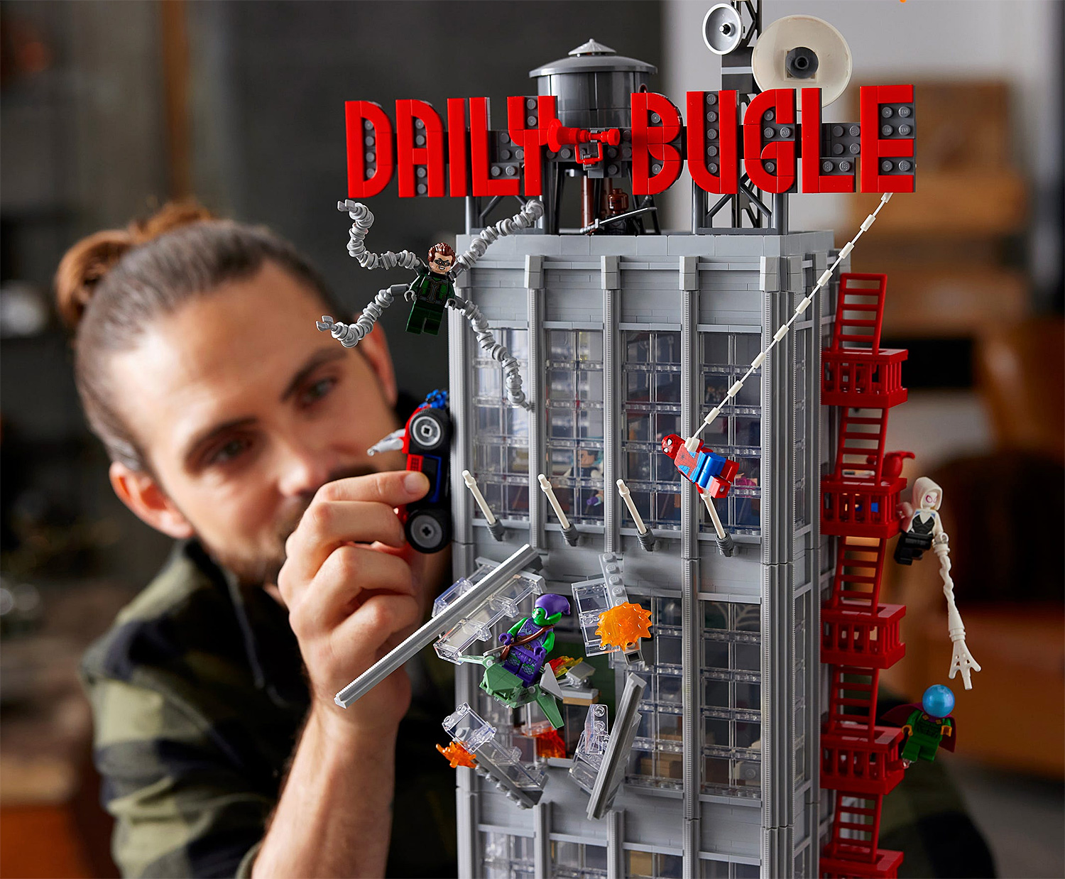 LEGO Unveils Skyscraping Daily Bugle Spider-Man Set at werd.com