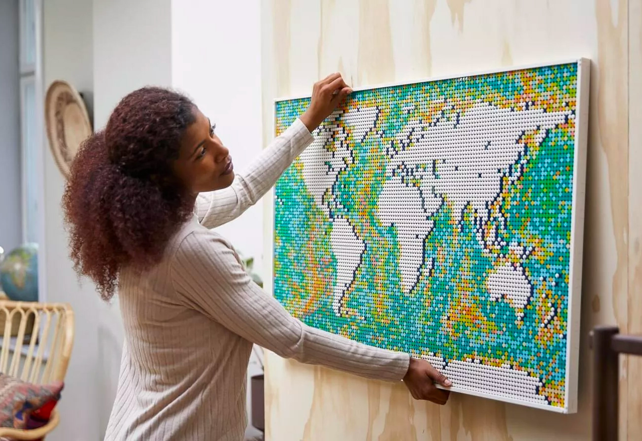 Largest LEGO Set Ever: The World Map at werd.com