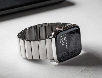 Freshen Up Your Apple Watch with Nomad's Stainless & Titanium Bands