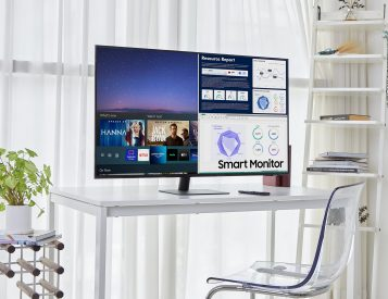 Samsung Goes Big with 43-Inch M7 Smart Monitor