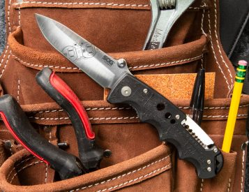 The Kilowatt Knife from SOG is an Electrician's Tool Too