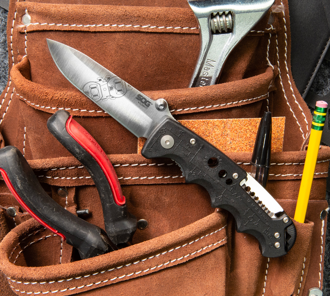 The Kilowatt Knife from SOG is an Electrician's Tool Too at werd.com
