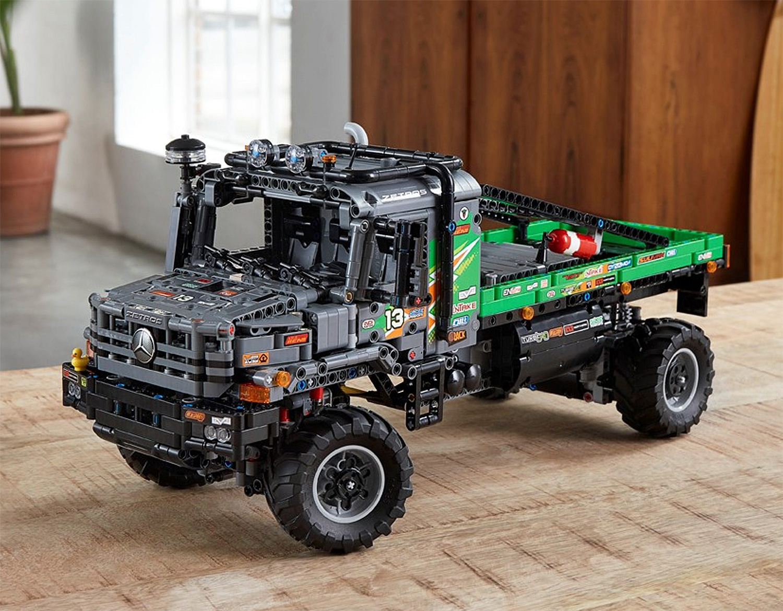 LEGO Launches 4×4 Mercedes-Benz Zetros RC Trial Truck at werd.com