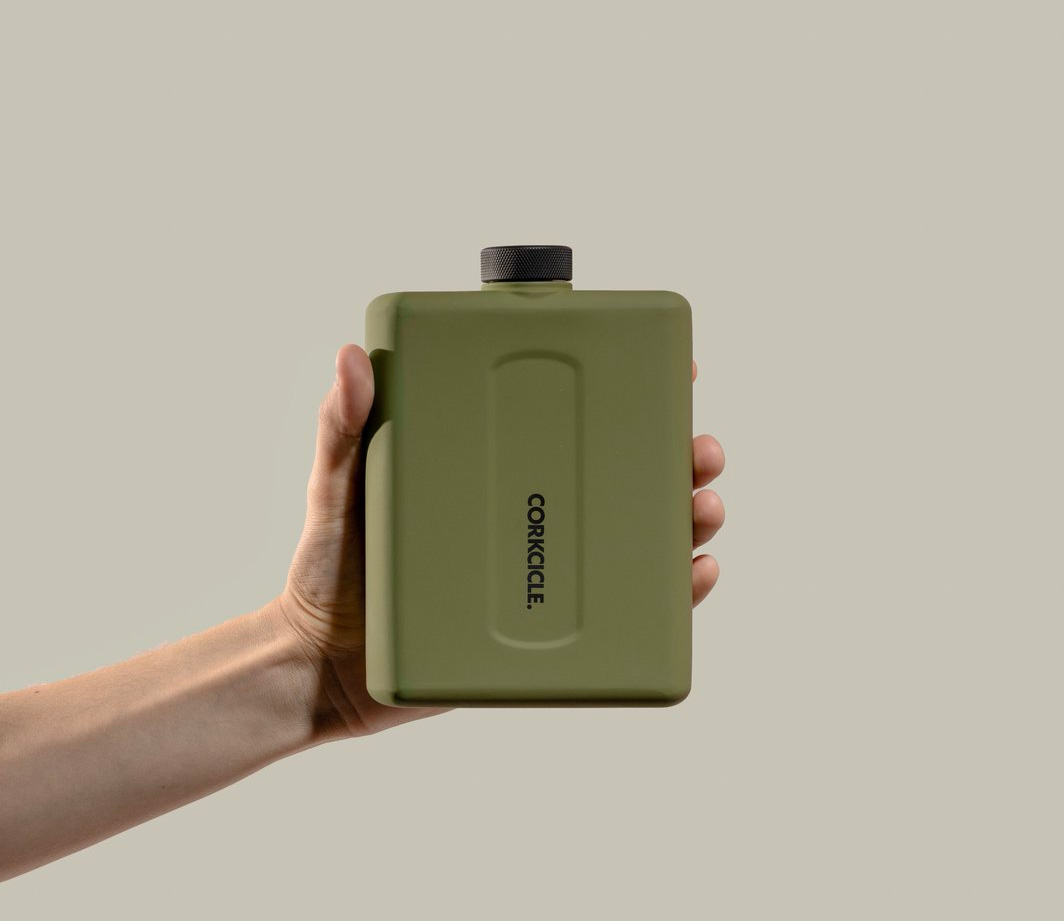 The Flat Canteen Puts Hydration in Your Back Pocket at werd.com