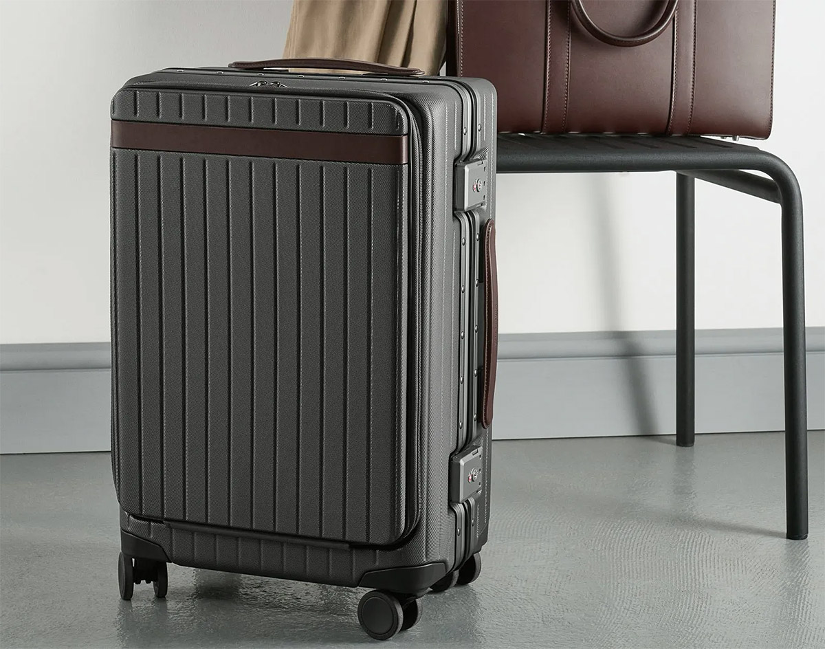 Go the Distance with the Carry-on Pro at werd.com