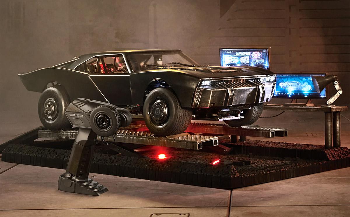 Hot Wheels RC x <i>The Batman</i> 1:10 Scale Batmobile at werd.com