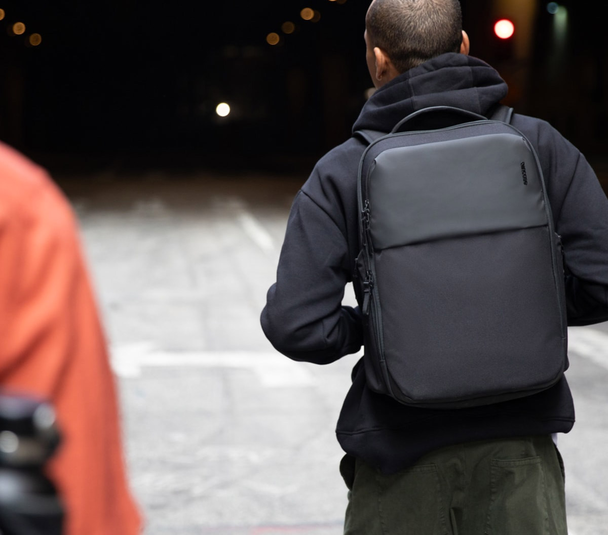 Clean Carry: Incase ARC Collection at werd.com